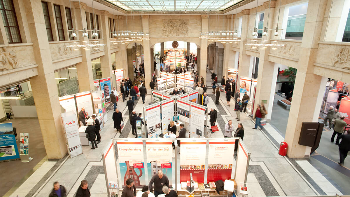 Anka Werbung - Messebau Bremen - Ausstellungen - Standperspektive (Sparkasse Bremer Immobilientage 2011)