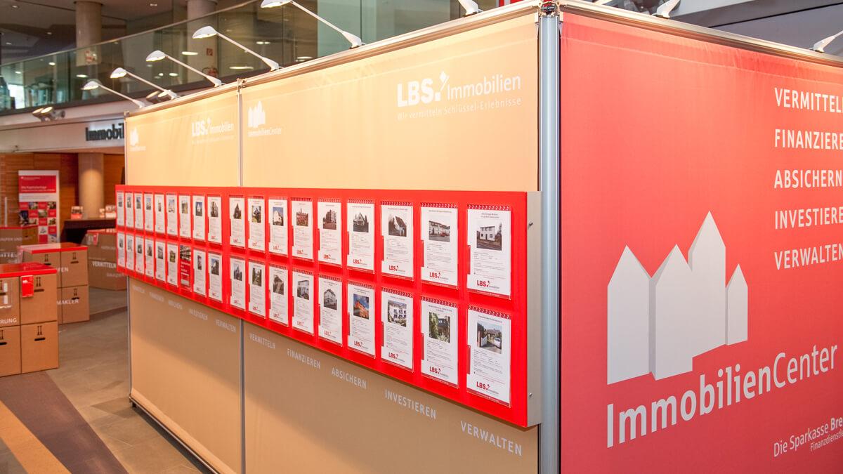 Anka Werbung - Messebau Bremen - Ausstellungen - Textil Spannrahmen (Sparkasse Bremer Immobilientage 2012)