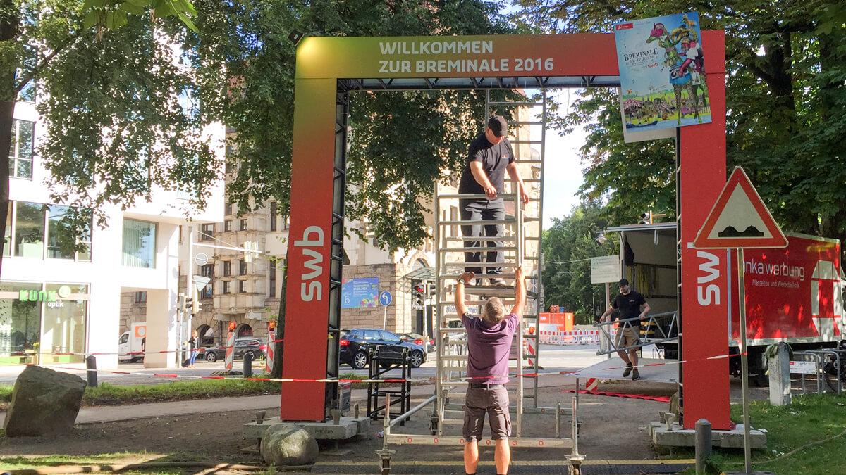 Anka Werbung - Messebau Bremen - Ausstellungen - Aufbau Truss Tor (swb Breminale)