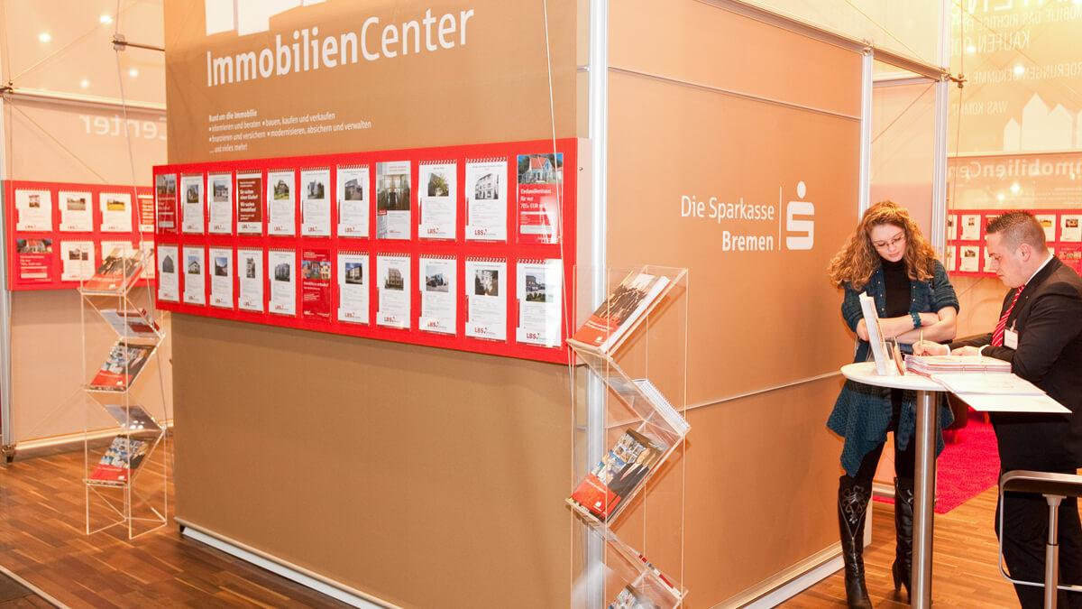 Anka Werbung - Messebau Bremen - Messebau - Displaywand (Sparkasse HanseBau)