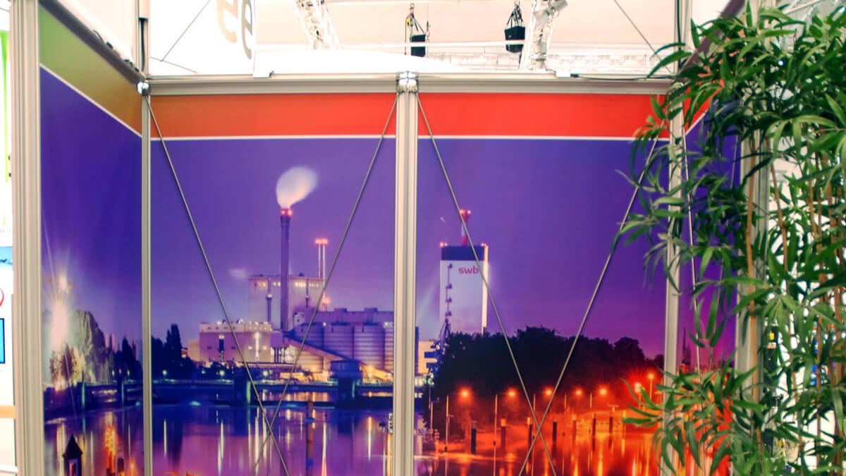 Anka Werbung - Messebau Bremen - Messebau - Spannrahmen (swb eWorld)